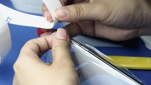 iPhone X 金屬邊框居然超脆弱!推薦你到這邊來體驗超完整包膜 B132137