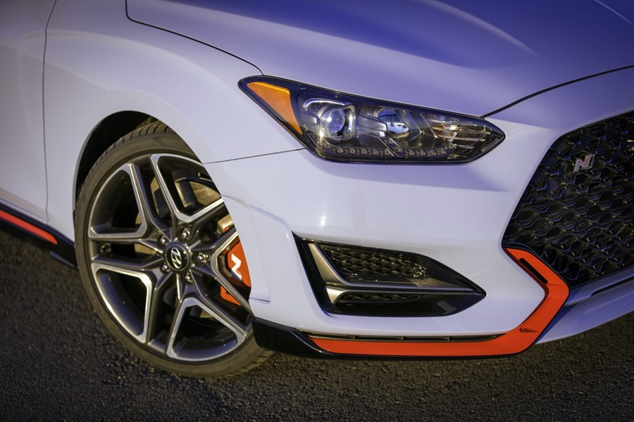 2019 年 Hyundai Veloster N 登場,歐系鋼砲要小心了! 2019-hyundai-veloster-n-38