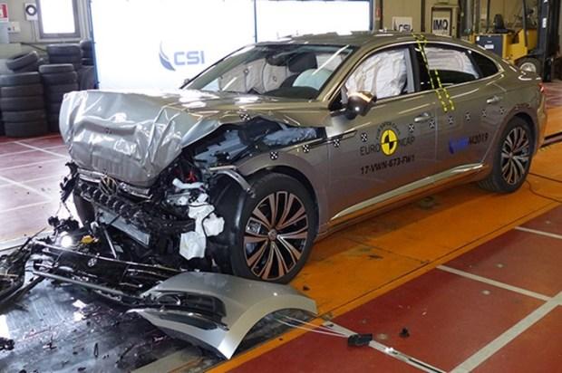 Euro NCAP 2017年度各級距最佳安全車款,你的車有上榜嗎?! vw_arteon_2017_FrontWidth