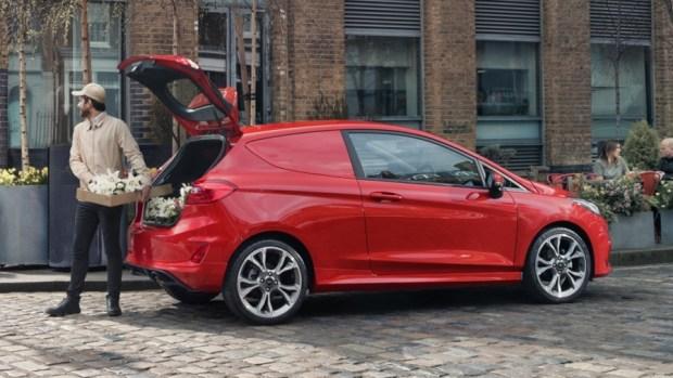 Ford Fiesta 竟然有商用車版本,跟你認知的商用車不一樣 2018-ford-fiesta-van-05-1