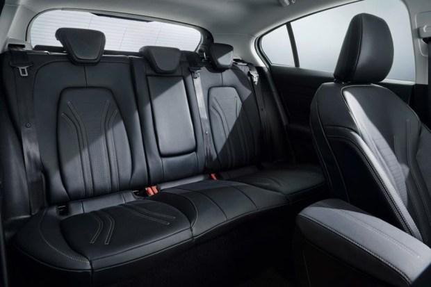 全新大改款 Ford Focus 第四代全面進化,跳脫你過往的印像 ford_2018_focus_vignale_studio_25