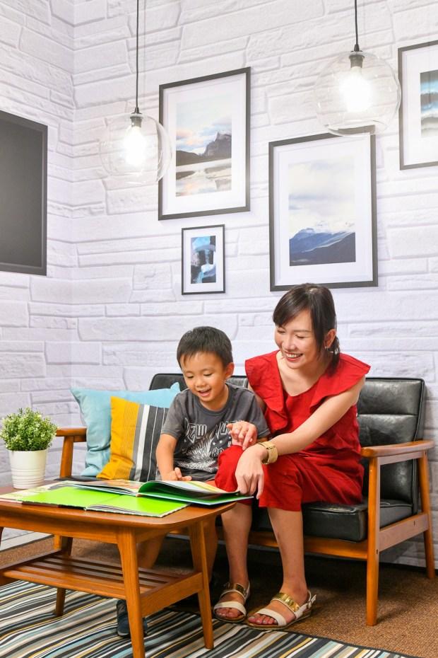 飛利浦推出柔光網點燈泡,降低眼眩酸澀 照片四_-昕諾飛舒適光技術具備專利柔光網點設計、國際IEC無藍光危害認證、先進SVM抑制閃爍量測技術,讓「舒視好光」在家點亮-900x1350