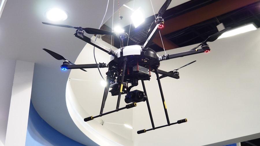 工研院研發超大型無人機,載重達 30 公斤可應用於救災、運送物資與農藥噴灑等多領域 6054232