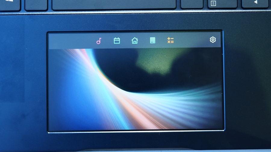 華碩「雙螢幕」筆電 ZenBook Pro 15,把觸控板變螢幕 6064247