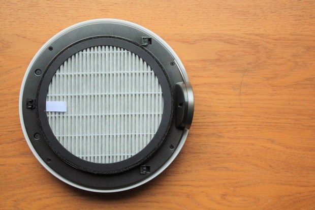 開箱/BRISE M1 車用空氣清淨機:8分鐘快速過車上異味、髒空氣 IMG_0615