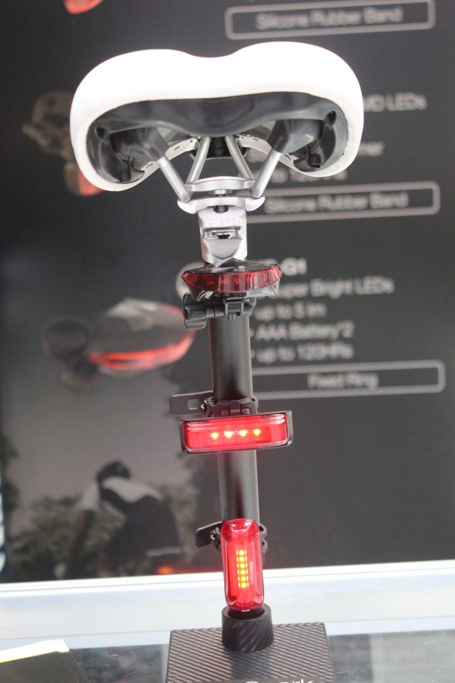 騎得安全,Computex 展出可低光錄影高畫質自行車燈與剎車感應自行車尾燈 IMG_0696-e1528264006732-900x1350