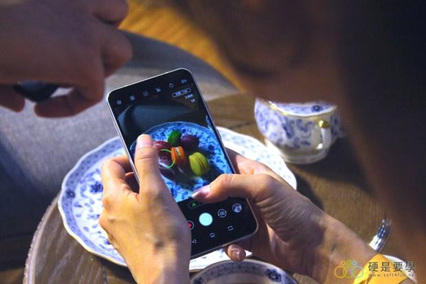 把孔劉帶回家!ZenFone 5 推「孔劉限定版」,新色「雪花白」超美登場 IMG_9708-900x600