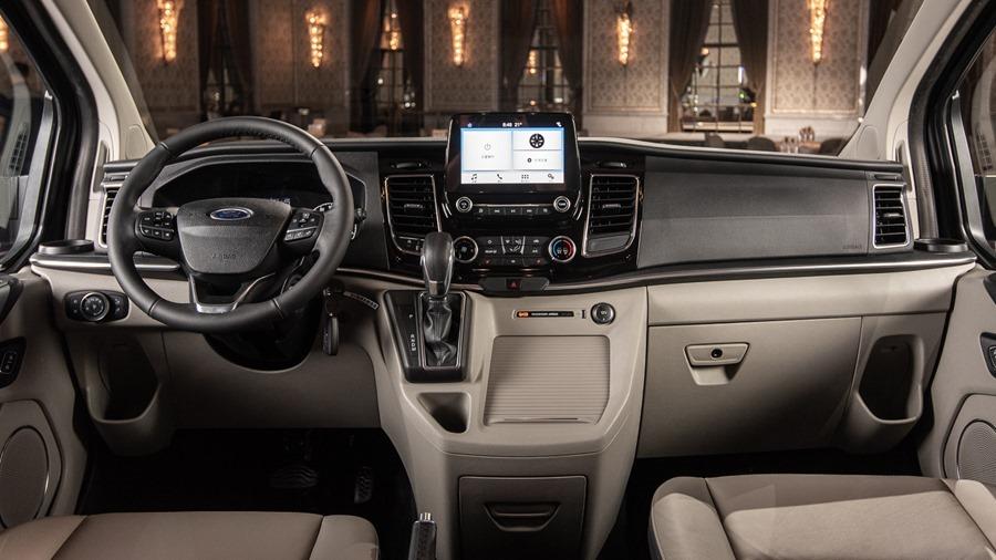 Ford Tourneo Custom 小改款上市,新增短軸版商旅車 %E6%97%85%E8%A1%8C%E5%AE%B65