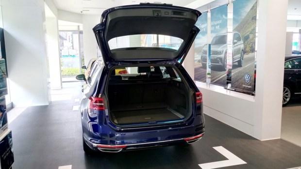 熱血爸爸別亂試,試了就回不去了,VW Passat Variant 380 TSI R-Line Performace IMAG1123