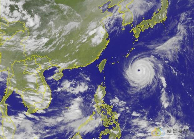 颱風季來臨,防颱準備看這裡 typhoon-900x645