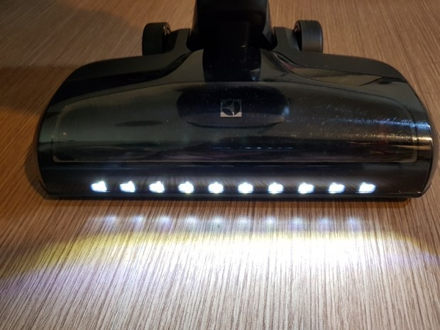評測:Electrolux 伊萊克斯 PURE F9 滑移百變吸塵器,重新詮釋手持無線吸塵器 20180804_193840