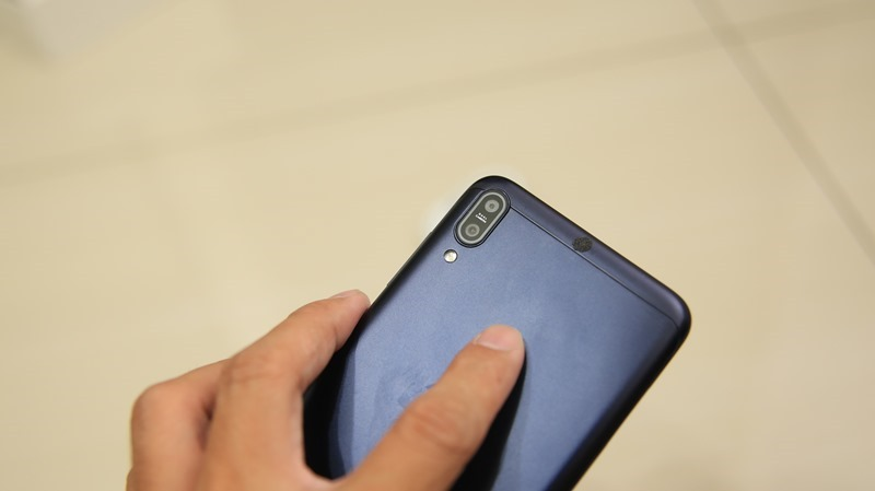 ASUS ZenFone Max Pro 開箱評測,超強性能電力怪獸,兩天不斷電! IMG_8553