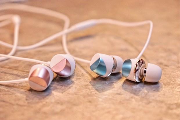 TUNAI 陶瓷動圈 Hi-Res 琴音耳機,低音渾厚、中音飽滿,享受高音質不用花大錢 80C3A523-485C-46DC-94D8-600DACAE2B4C