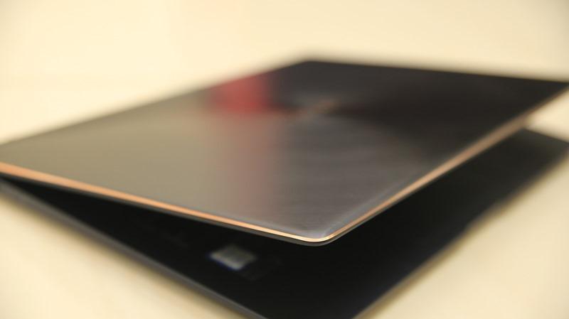 經典美力ASUS ZenBook S 開箱評測,1公斤輕輕撐起13小時續航與效能 IMG_8769