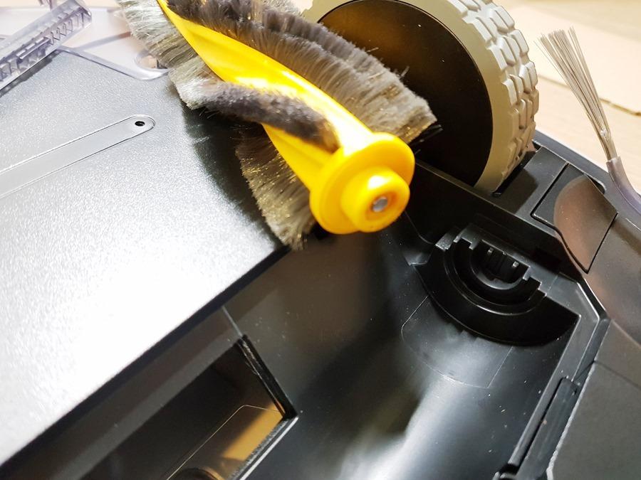 [評測]家中地板不必再煩惱,就交給 ECOVACS DEEBOT OZMO 900 掃、吸、拖一次完成 20181105_235437