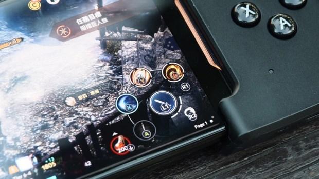 ROG Phone 周邊:GameVice 遊戲控制器+WiGig 無線投影基座,實現你在大螢幕打電動的夢想! 9305406