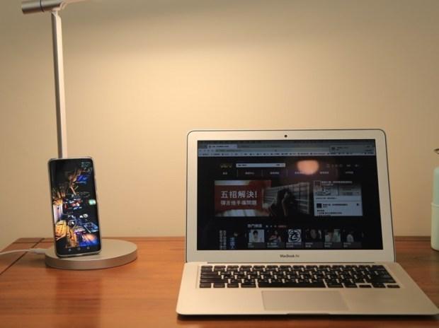 小L 2代無線充電護眼燈開箱,零藍光不傷眼,亮度色溫都可自由調整 image023