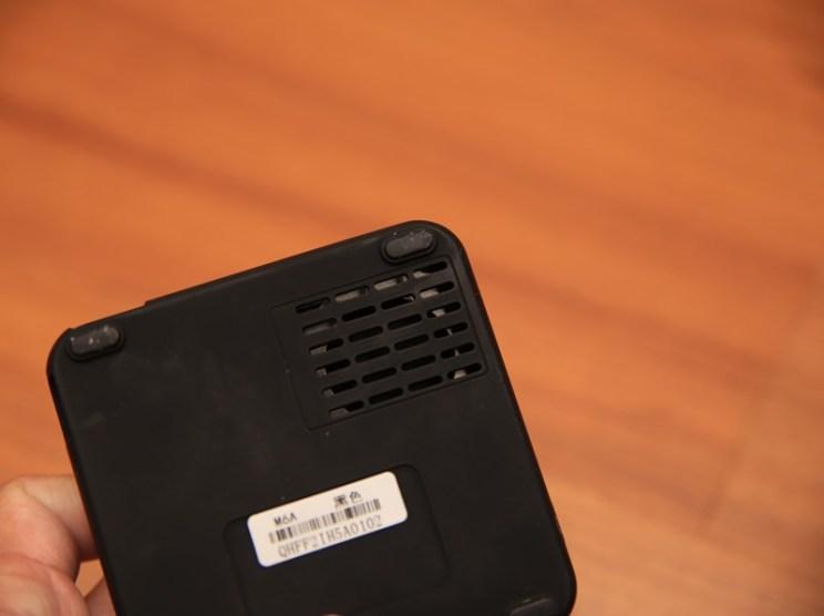 QHL酷奇口袋輕巧無線投影機,手掌大小免插電就能無線投出百吋畫面(支援蘋果/安卓) IMG_9065