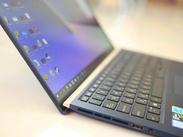 美‧力無邊ASUS ZenBook 15 UX533FD 開箱,全球最小15.6 吋筆電,電池續航力長達 16 小時! IMG_9197