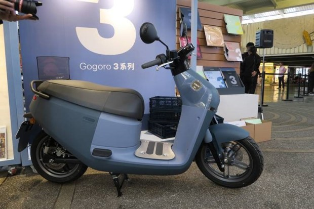 Gogoro 3 系列車款登場,讓消費者用更划算的價格入手世界頂級的電動機車 clip_image008