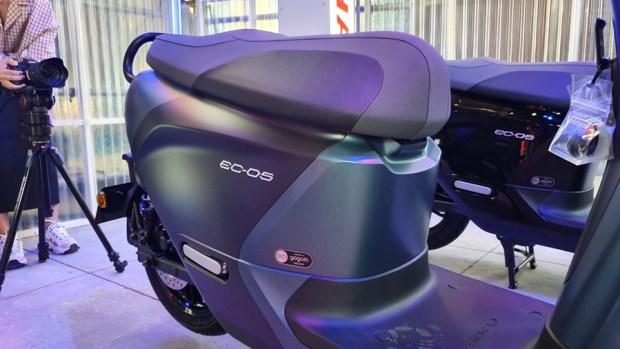YAMAHA、Gogoro 合作首款電動機車 EC-05 亮相!售價 99,800 元可領補助 20190627_153716