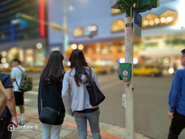 拍照也不用「五斗米折腰」ASUS ZenFone6 翻轉相機取景超方便 P_20190530_203456
