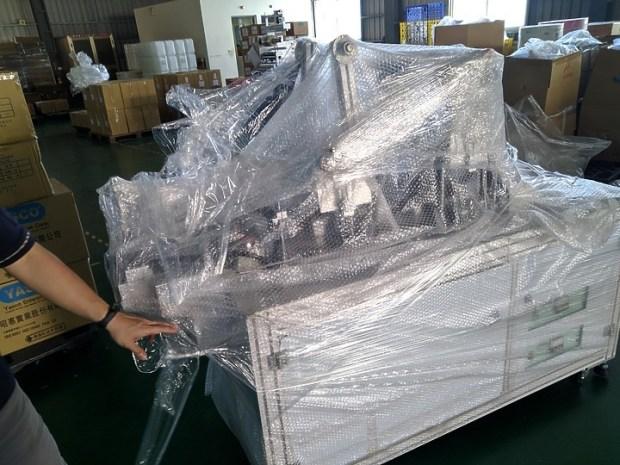 [開箱] 台灣史上最有價值,國家隊口罩機開箱! 9