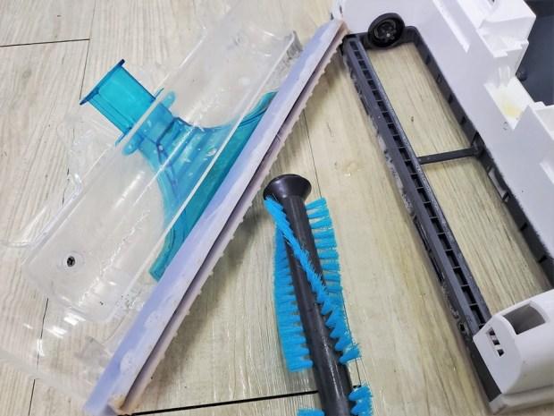 [開箱] 向拖地說掰掰!Hippolo 無線洗地機幫你輕鬆搞定地板清潔,還能消毒殺菌 20200329_155347