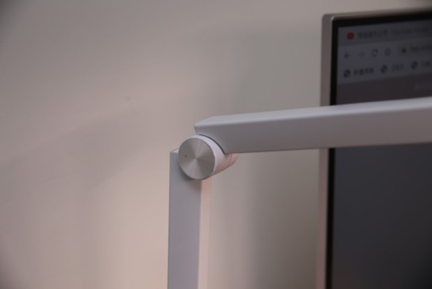 「Artso 亞梭傢俬LED雙臂優閱燈」好開箱,不佔空間、大範圍照射、可調色溫、桌面百搭設計! IMG_9998