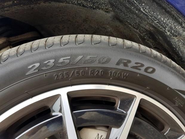 [試駕] 讓人合不攏嘴的賓士首款電動車 Mercedes-Benz EQC 400 4MATIC 運動版 20200502_133852