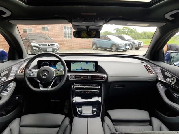 [試駕] 讓人合不攏嘴的賓士首款電動車 Mercedes-Benz EQC 400 4MATIC 運動版 20200502_135914_1