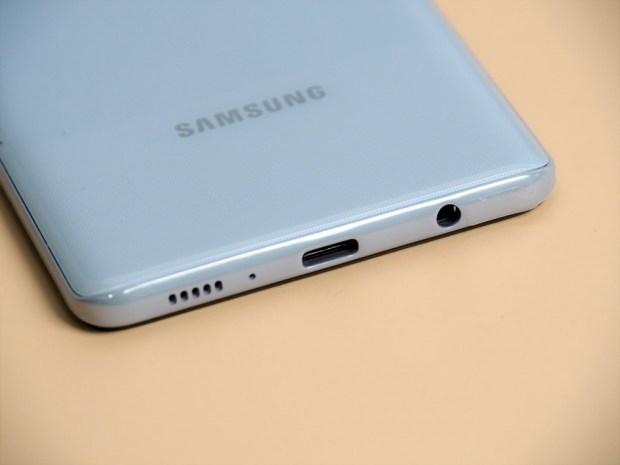 [評測]三星最好入手的平價 5G 手機來了!Galaxy A42 5G 搭載4+1鏡頭、5000mAh超大電量讓你爽用一整天 B231199
