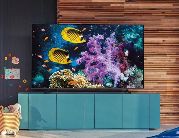Samsung 發表全新 Neo QLED 8K 量子電視,導入 Mini LED 顯示技術,視覺、聽覺、美學感受全面升級 %E3%80%90%E6%96%B0%E8%81%9E%E7%85%A7%E7%89%8710%E3%80%91Samsung-2021-Neo-QLED-%E9%87%8F%E5%AD%90%E9%9B%BB%E8%A6%96-Q60A_%E6%83%85%E5%A2%83%E7%85%A7
