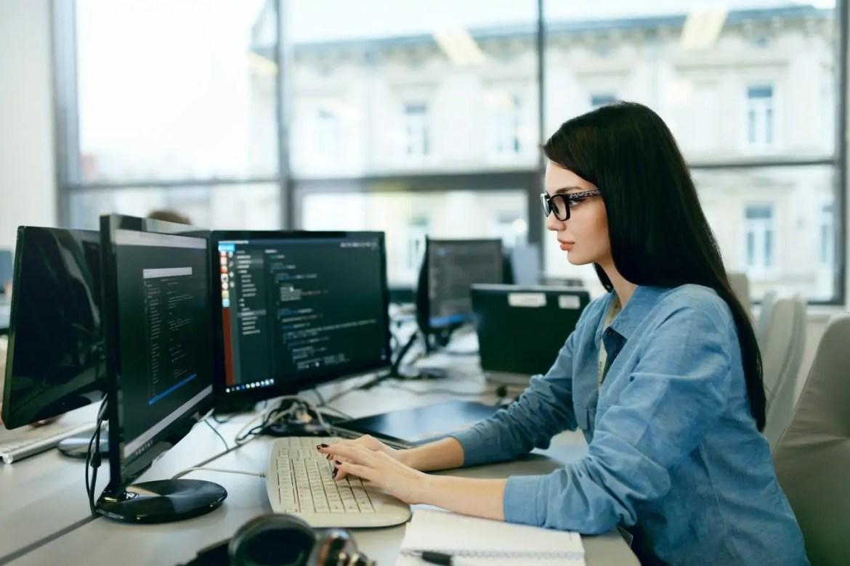producent oprogramowania informatycznego-Software House Poznań