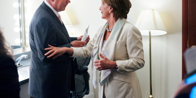 Pelosi Says Boehner Should Start War Debate in Congress