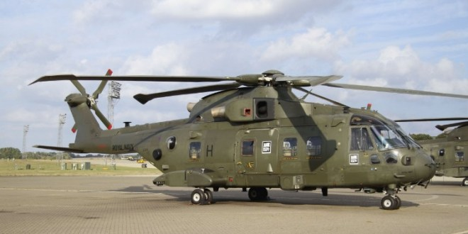 UK RAF begin transferring Merlin helicopters to RN