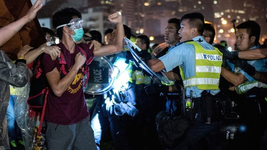 Video of Apparent Beating of Protester in Hong Kong Stirs Anger