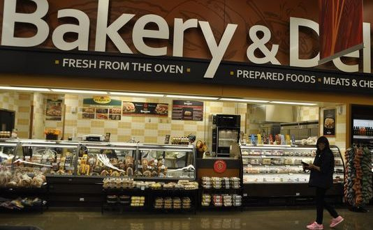 Lawmakers agree to $100 million reduction in commissary funding