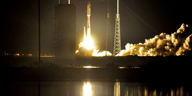 Air Force launches rocket carrying Navy satellite