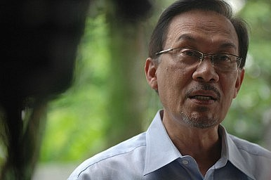 Malaysian Opposition Rallies for Anwar