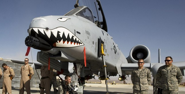 GOP senators warn of new threat to A-10 fleet