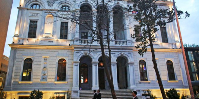 Old Haunt of U.S. Spies Becomes a Playground for Istanbul's Elite