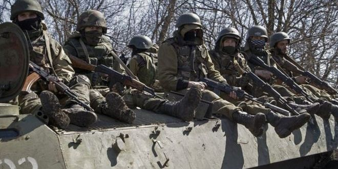 Ukraine crisis: Kiev prisoners 'admit to being in Russian army'
