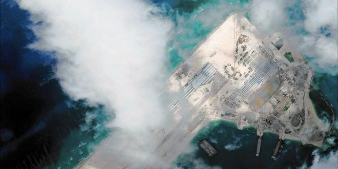 U.S. publicly challenges China's moves in disputed islands