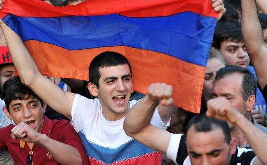 Yerevan: Russia To Loan Armenia $200M For Arms