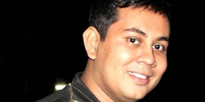 Bangladesh blogger Niloy Neel hacked to death in Dhaka