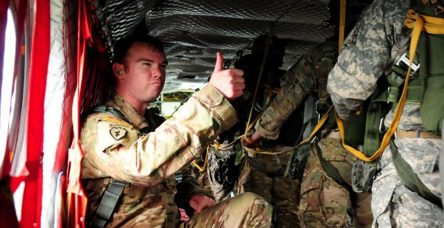 Washington Army and Air Guardsmen join in airborne exercise | The United States Army