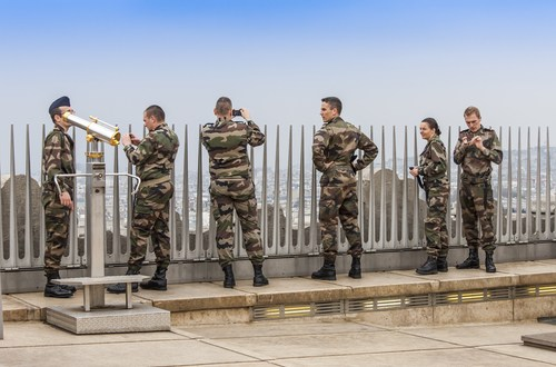 France to send 300 special forces to Congo