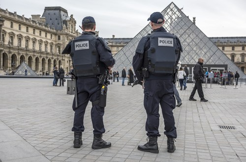 Why Islamic State targeted France instead of the U.S. – LA Times