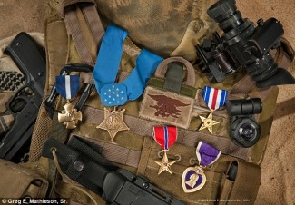 Dramatic Taliban hostage rescue earns Navy SEAL the Medal of Honor